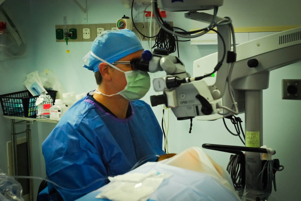 Dr. Brian Haas has performed over 10,000 eye cataract surgeries in Orlando